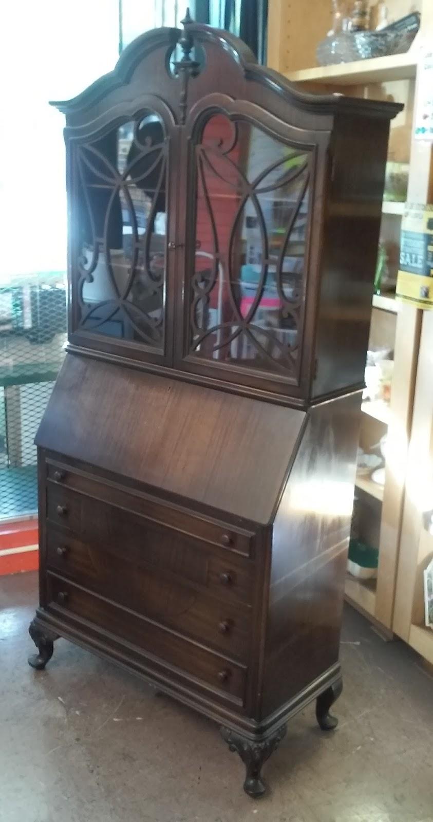 Uhuru Furniture Amp Collectibles Sold Rockford Vintage