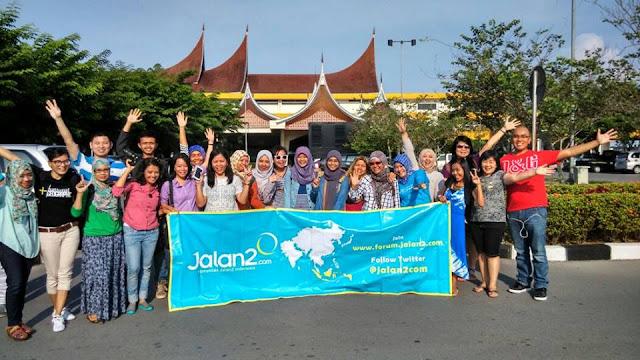 Komunitas jalan jalan Indonesia