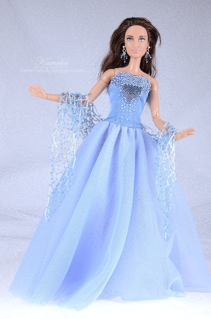 Beaded sky blue tulle bridesmade dress gown for Barbie doll