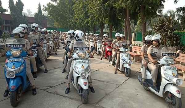 faridabad-police-news-in-hindi-get-50-schooter-for-petroling