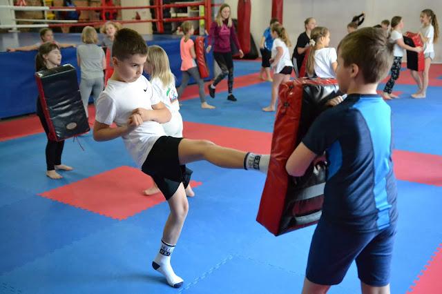 Akademia Zwycięzcy - rywalizacja sportowa dzieci i młodzieży.
