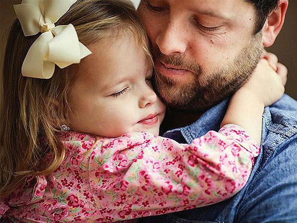Ayah, Kau Pria Pertama Yang Telah Membuatku Jatuh Cinta