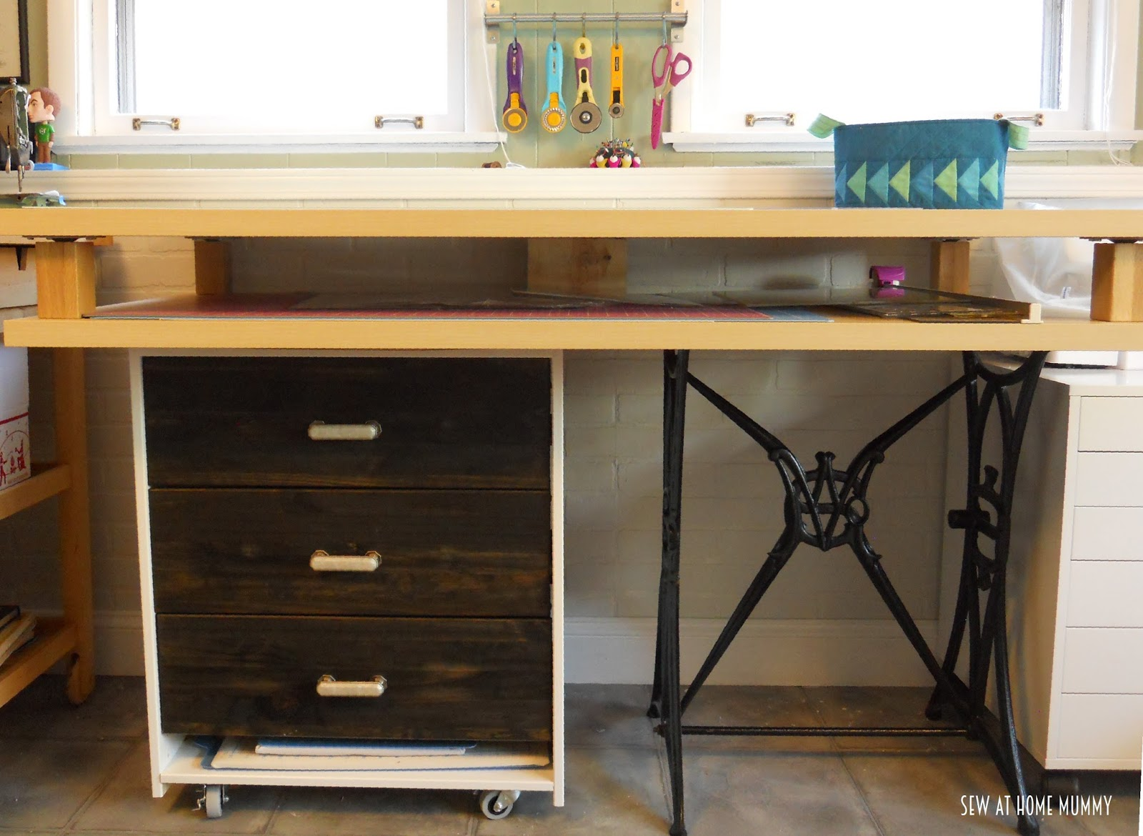 Diy cutting table - The Drawers Are Awesome And Work Well For All Of My Rulers And Templates And Free Up Valuable Drawer And Table Space Elsewhere And The Little Cubby Space