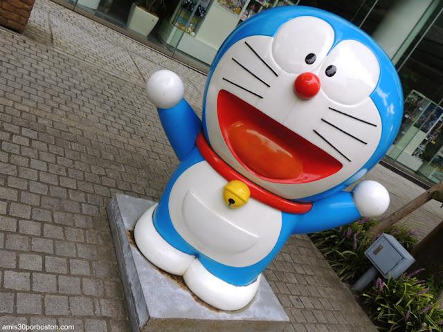 Doraemon en las Calles de Tokio