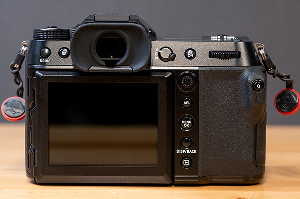 Fujifilm GFX 100S, вид сзади