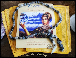 Mawu card from the Goddess Guidance oracle.