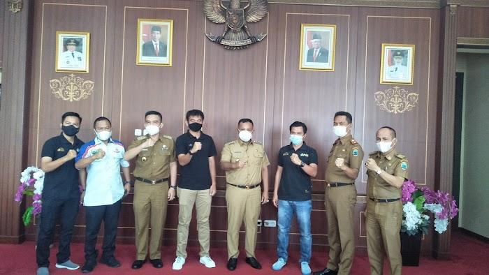 Bupati Nanang Ermanto Dukung Lampung Selatan Jadi Tuan Rumah Liga 3