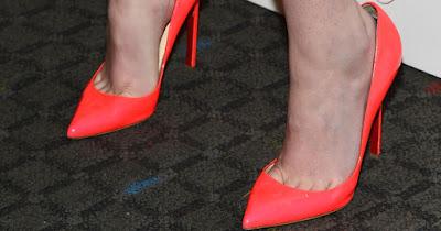 sepatu karena kaki lebar