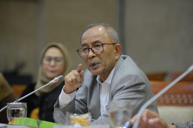 Refrizal: Rugikan Rakyat, Jokowi Harus Cabut Paket Kebijakan Ekonomi Ke-16