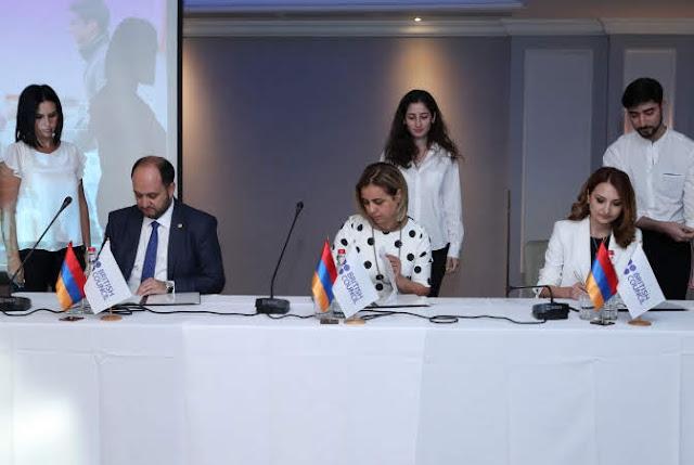 Armenia firma acuerdo con British Council para promover reformas educativas