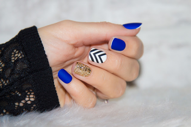 stickers - ongles - kiss