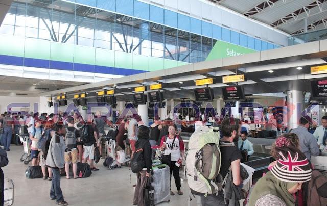 Gunung Agung Muntah, Ini yang Terjadi di Bandara