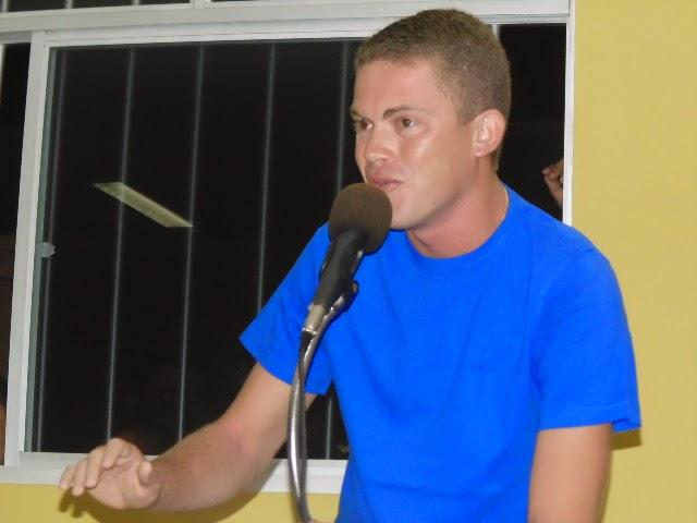 http://www.blogdoalbertobarbosa.com.br/2016/04/politica-vereador-jackson-tentara.html