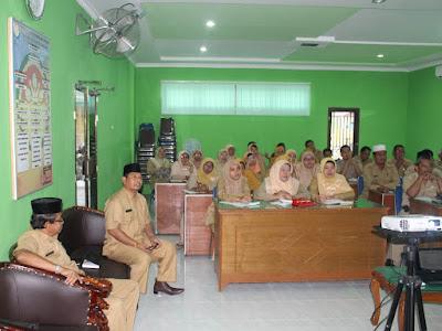 Kankemenag Tanjungbalai Laksanakan Program English Practice Setiap Selasa