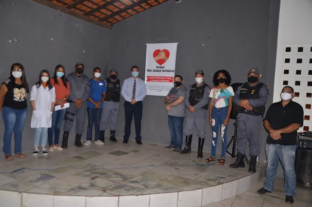 *Grupo Mão Amiga realiza ação social com entrega de cesta básicas nas comunidades Vila Vitória a Alto da Paz *