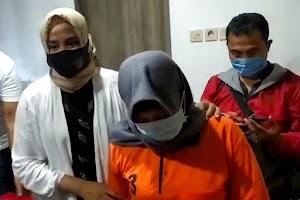 Kehabisan bekal saat buron 45 hari, emak-emak asal Mataram ditangkap