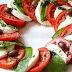 Ensalada caprese, la famosa combinación de tomate, mozzarella y albahaca. Receta