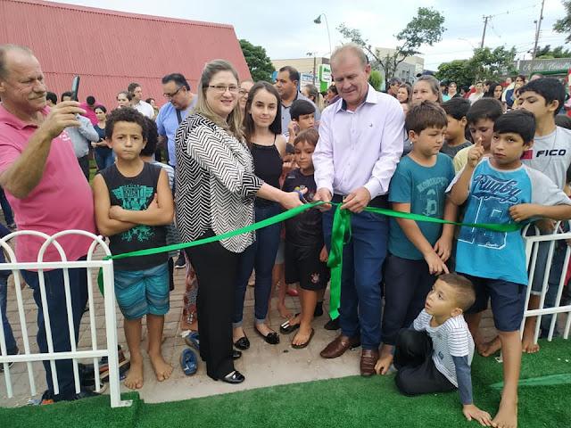 Prefeitura de Roncador inaugura Playground na Praça. Obra custou R$ 118 mil