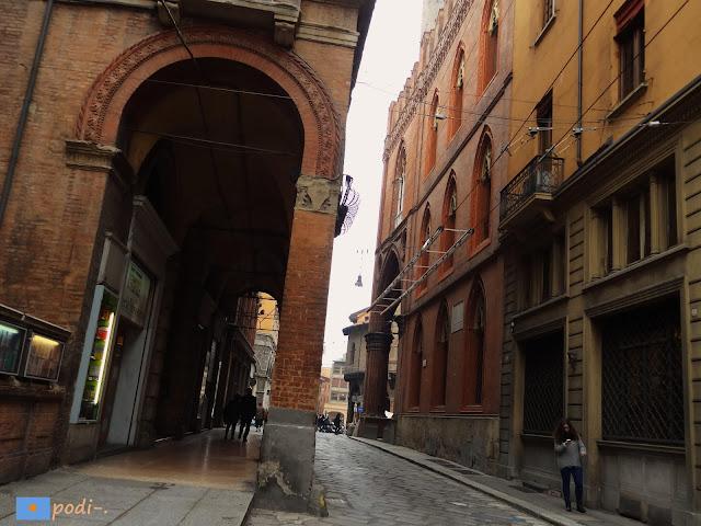 via castiglione bologna bolonia