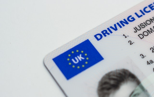 Can I change my name on my driver's license online UK?