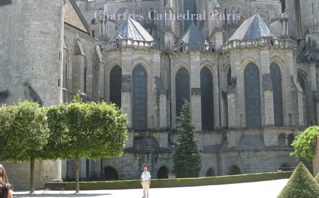What to Do After Performing Paris Taxi Booking for Visit Chartres Cathedral Paris?