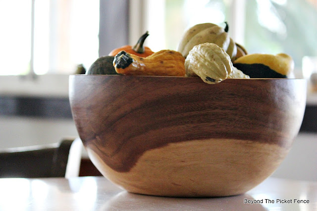 wood bowl, gourds, budget decor, vintage, natural decor, http://bec4-beyondthepicketfence.blogspot.com/2015/10/personalizing-your-home-on-budget.html