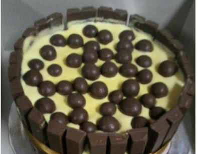 hari ini sangat panas dan menciptakan aku cepat haus Resepi Kek Aiskrim Kitkat Praktis dan Sedap