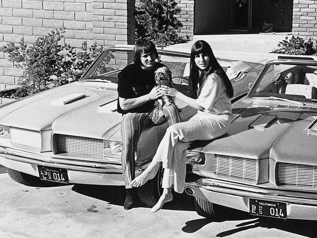 we 39 ve got two babe pictures of sonny and cher posing with. Black Bedroom Furniture Sets. Home Design Ideas