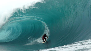 Hit Run Teahupo o May 2013