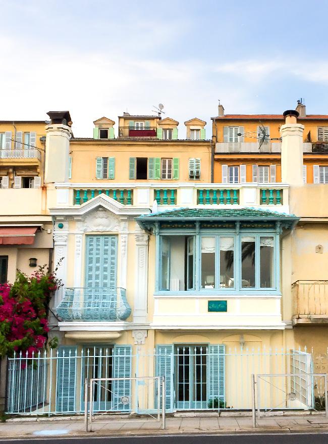 Tendenze arredo arredare con l'Island Paradise Pantone casa a Nizza