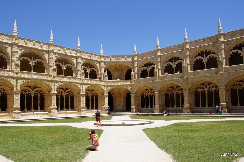 клуатр монастыря