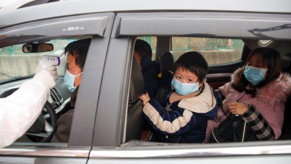 Asciende a 106 cifra de muertos por coronavirus en China