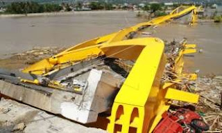 Kondisi Jembatan Kuning Palu Setelah Gempa dan Tsunami