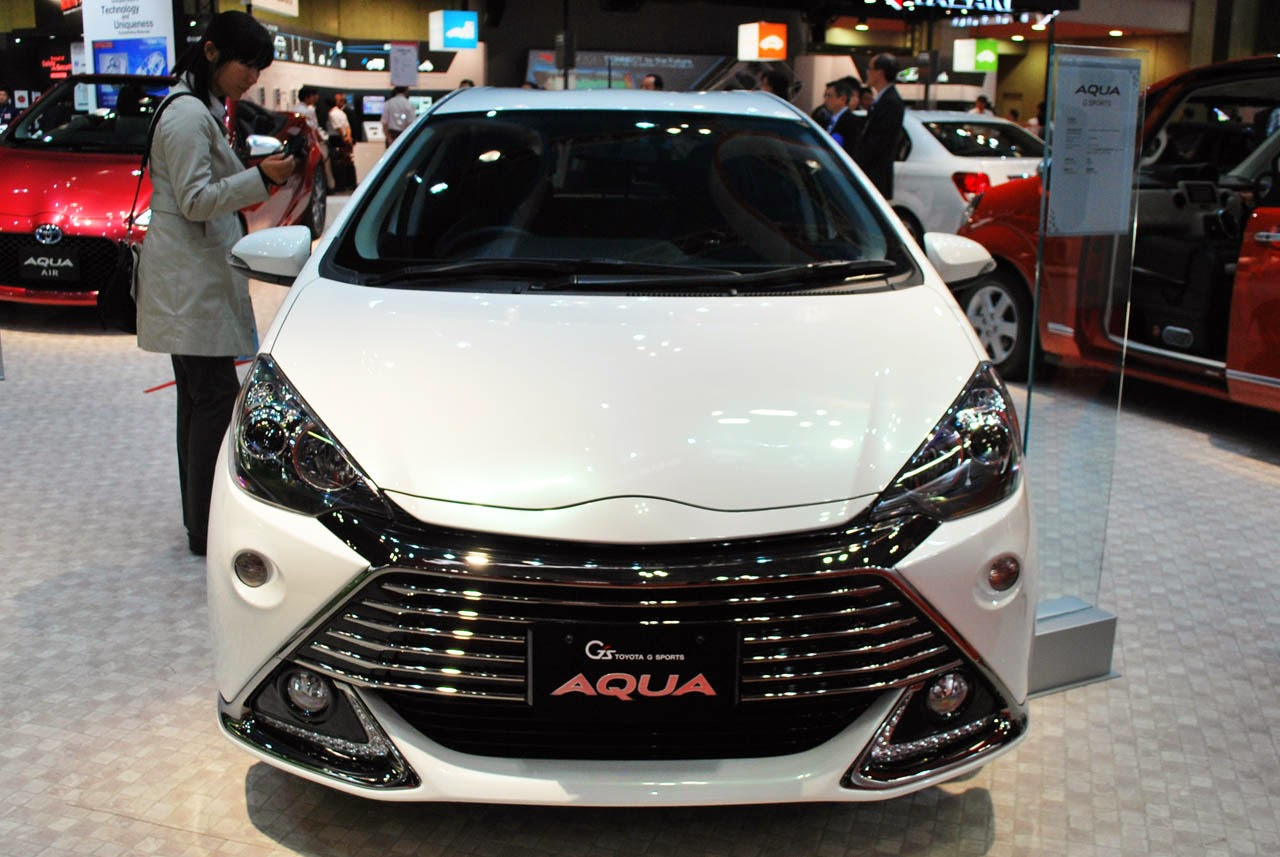 Toyota aqua g s concept tokyo 2013 photos