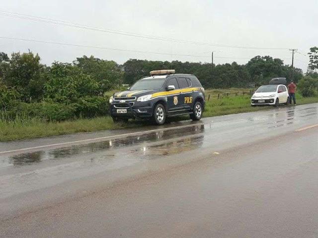 Após acidente violento na BR 364 condutor fica preso ás ferragens próximo a Porto Velho