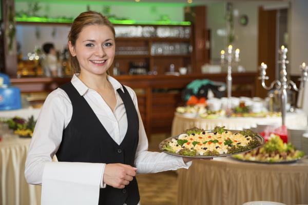 Ξενοδοχείο στο Ναύπλιο ζητά νεαρή εργαζόμενη για το μπούφε