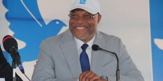 Le néo retraité Affoh ATCHA-DEDJI nommé ministre pendant que des milliers de jeunes compétents chôment
