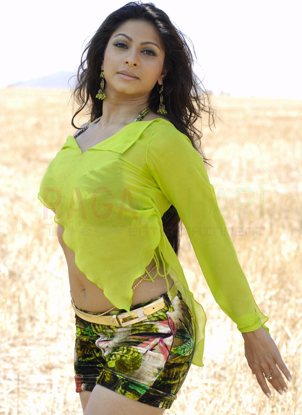 Actress Tanisha Hot Stills - Indian Film Actresses Hot And -5361