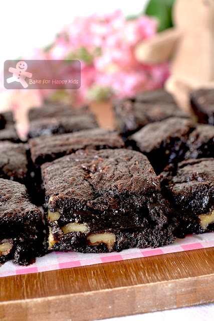 sticky chewy gooey best cocoa brownies