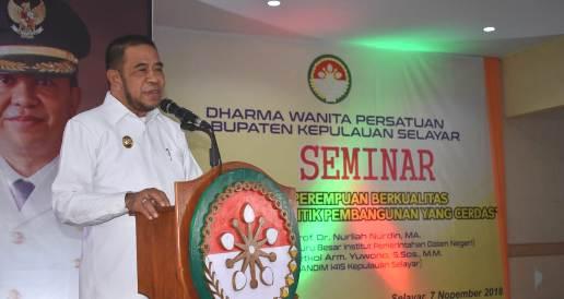 Buka Seminar DWP, Kab.Kep. Selayar, Begini Arahan Wakil Bupati