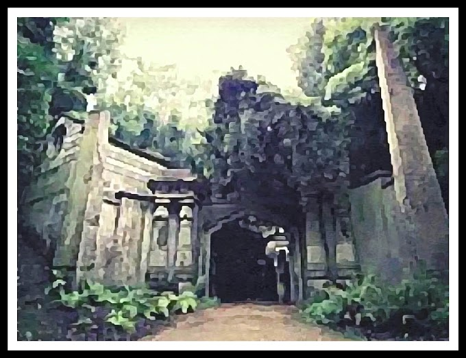 Horror stories-(Highgate Cemetery)