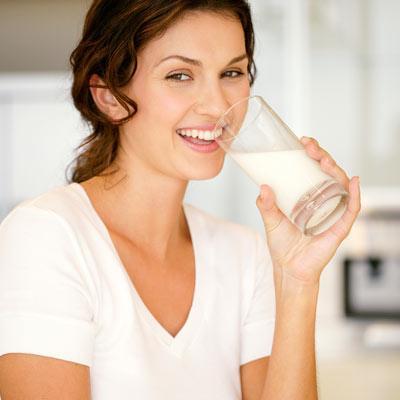 Làm đẹp từ sữa tươi bất ngờ tại nhà