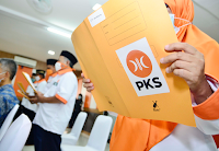 Pukulan Telak PKS Usai Jokowi Cabut Lampiran Perpres Miras