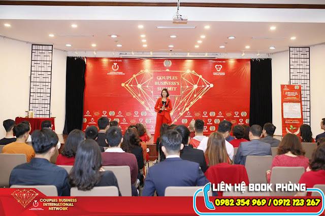 Tổ chức hội thảo là yếu tố quan trọng trong Marketing Offline
