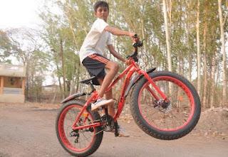 साइकिल चलाना