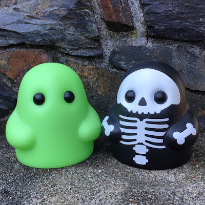 X-Ray & Green Glow Editions Tiny Ghost Vinyl Figure by Reis O'Brien (of Bimtoy) x Bottleneck Gallery