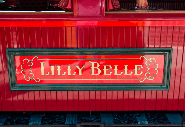 Tren Vip Disneylandia Lilly Belle