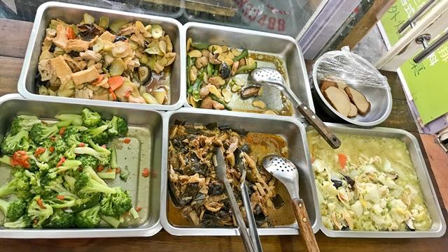 天生蔬食~新莊素食、聯邦市場素食