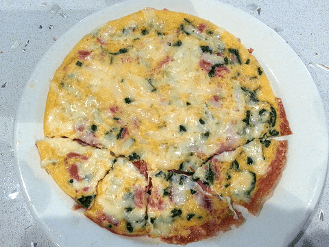 Cheese and spinach omelette