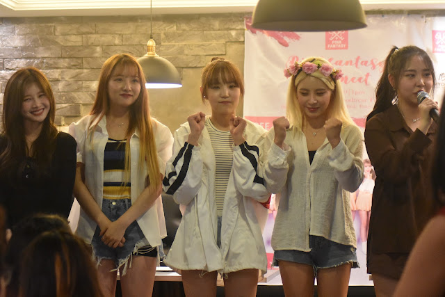 Pink Fantasy graces their first Manila visit with a fanmeeting!